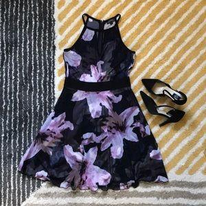LE CHATEAU Halter Neck Dress